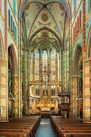 Interieur van de Sint-Willibrordkerk