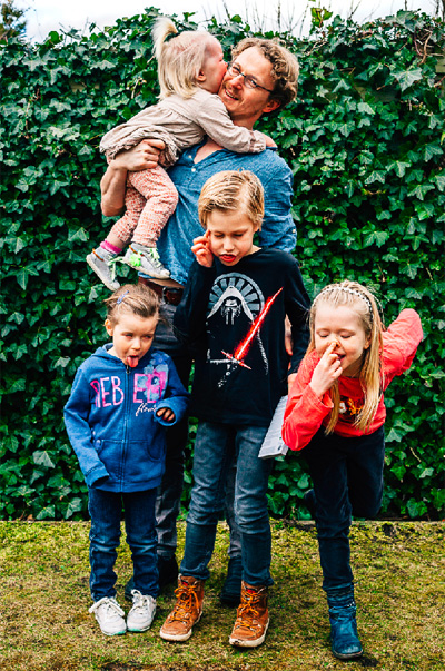 Een dwaze vader ben ik, zeker, maar die kinderen van mij sporen ook niet helemaal, hoor. Foto: Annemijcke Photography.